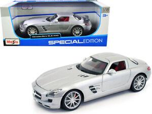 Mercedes-Benz-Street-Liga-Skateboarding-AMG-plata-034-edicion-especial-034-1-18-Diecast-Modelo-Coche
