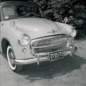 Hillman-Husky-1955-OLD-CAR-ROAD-TEST-PHOTO-3
