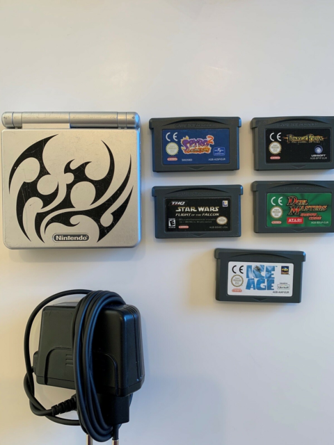 Nintendo Gameboy advance SP, AGS-001, God, Sælges med…