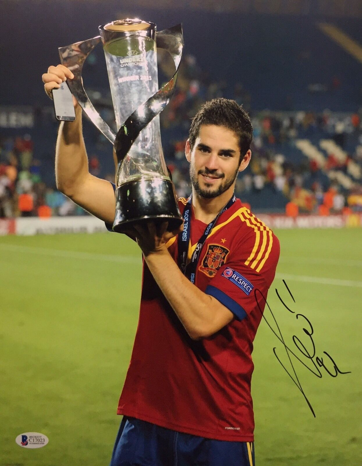 Isco Signed Soccer 11x14 Photo *Real Madrid *Spain *Trophy Beckett C17023