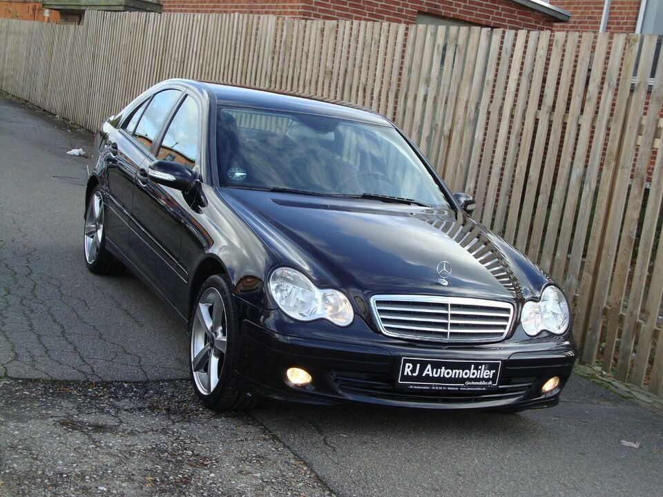Mercedes C180 1,8 Komp. Avantgarde aut. Benzin aut.