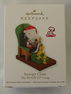 Hallmark 2011 Snoopy Claus Santa Peanuts Gang Woodstock Christmas Ornament