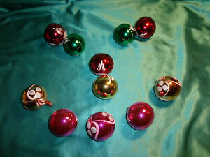 11-alte-Christbaumkugeln-Glas-bunt-rot-pink-gruen-gold-weiss-Weihnachtskugeln