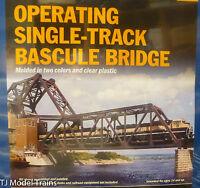 Walthers Ho 933-3070 Operating Single-track Railroad Bascule Bridge -- Kit -