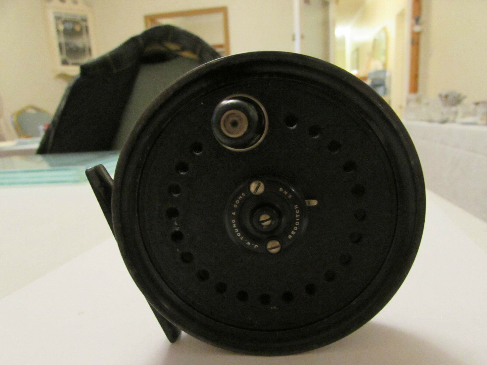 V Good Vintage Youngs Early beaudex Trout Fly Fishing Reel 3.5  + lineguard,. -