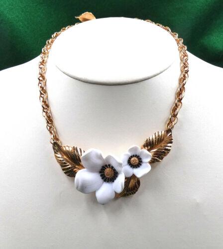 white dogwood flower necklace vintage 1980s Louis Feraud necklace 80s couture designer choker
