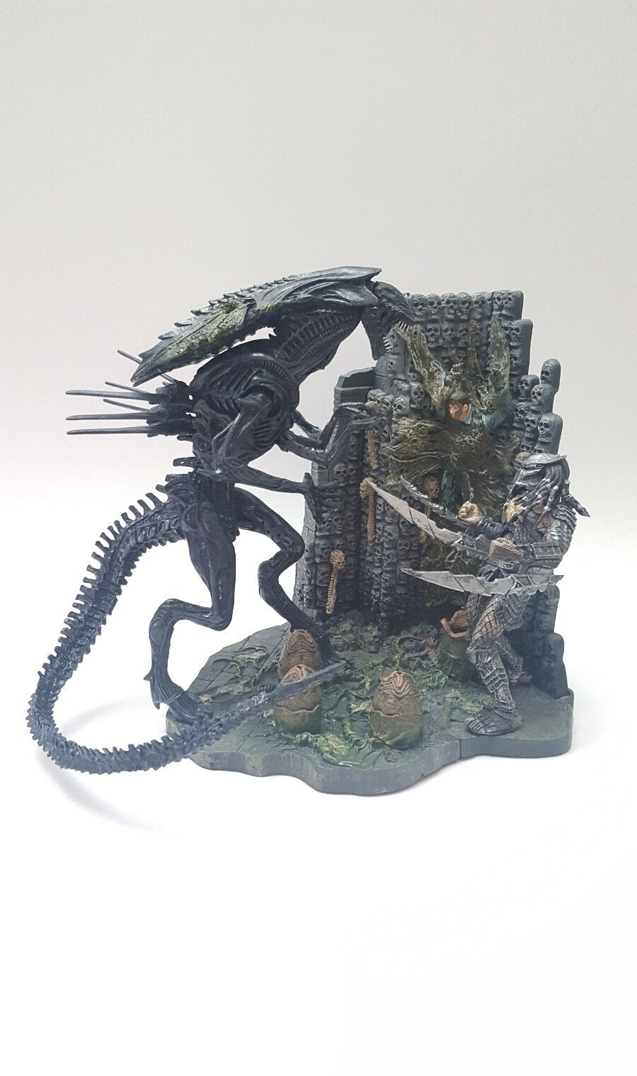 McFarlane Alien vs Prougeator  Playsets Alien Queen vs Prougeator w  Base Diorama Set  livraison gratuite!
