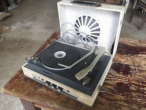 ancien tourne disque marque bsr vintage mod le vega french. Black Bedroom Furniture Sets. Home Design Ideas