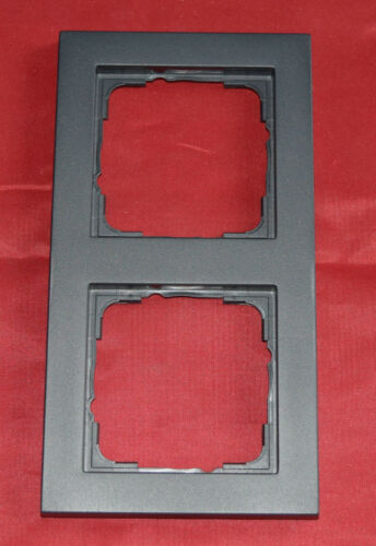 Gira 021223 cadre 2-Bac anthracite e2 i1