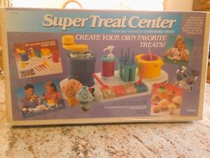 VINTAGE-Super-Treat-Center-Kenner-Makers-of-Easy-Bake-Oven