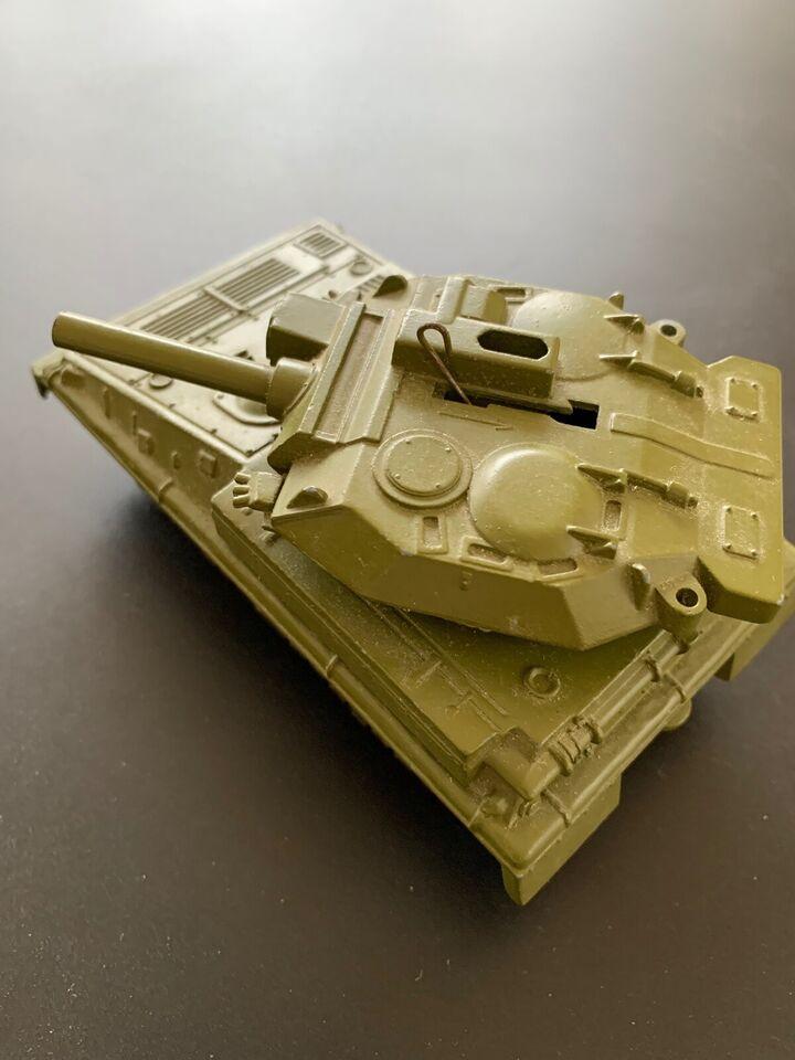 Vintage tank, Dinky Alvis Scorpion & Striker