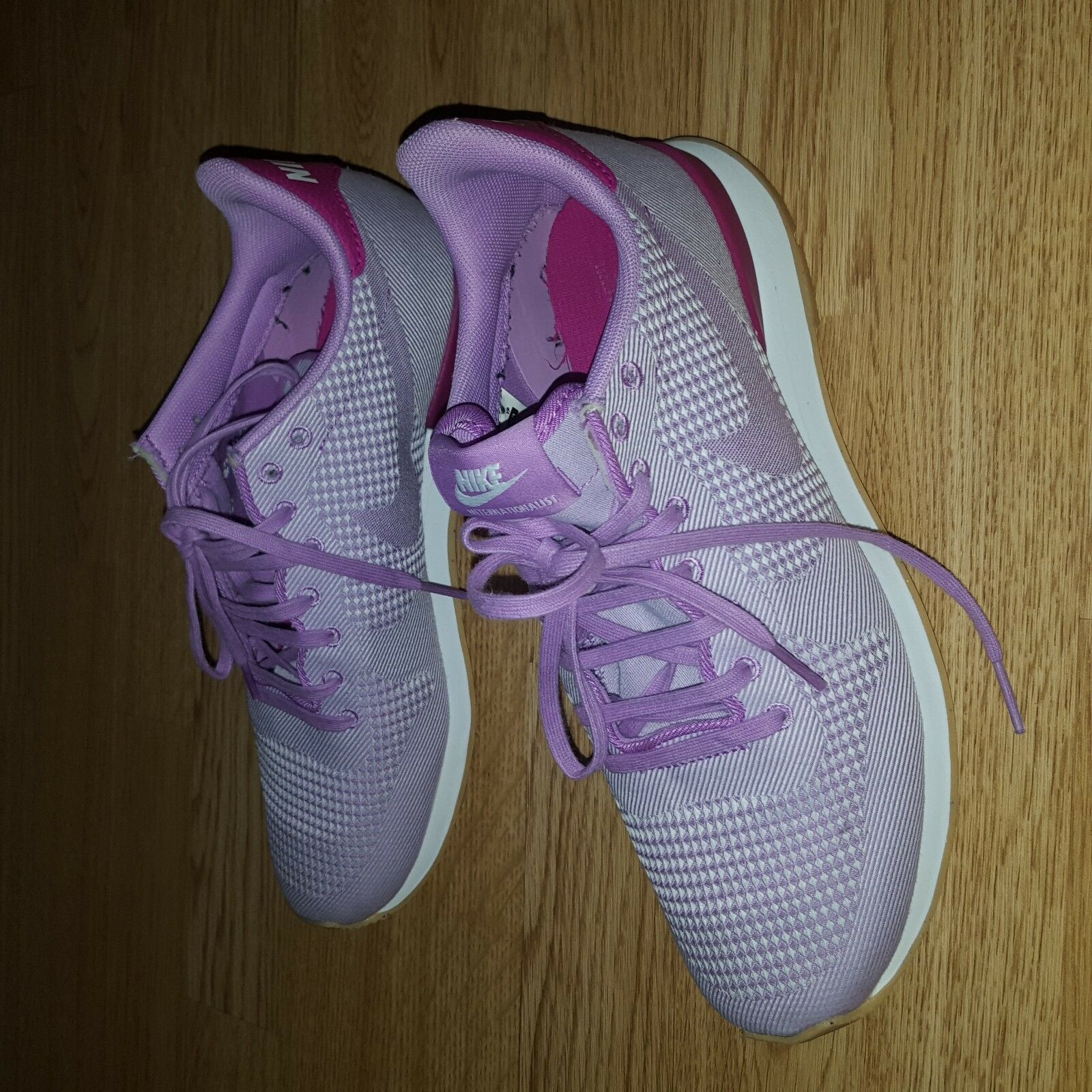 Wmns Nike Internazionalista Rosa Gomma Gomma Gomma Fucsia Flash Scarpe da Ginnastica Jacquard Taglia 5.5 38 fae7e7