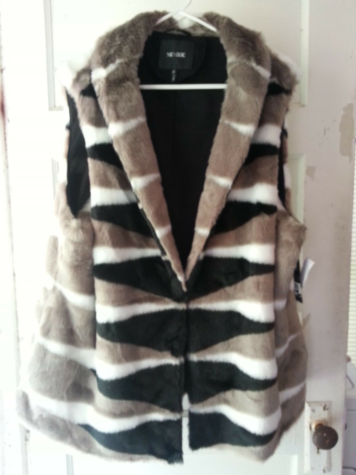 BEAUTIFUL NEW WITH TAGS NIC+ZOE  SOFT FURRY VEST SIZE 2X