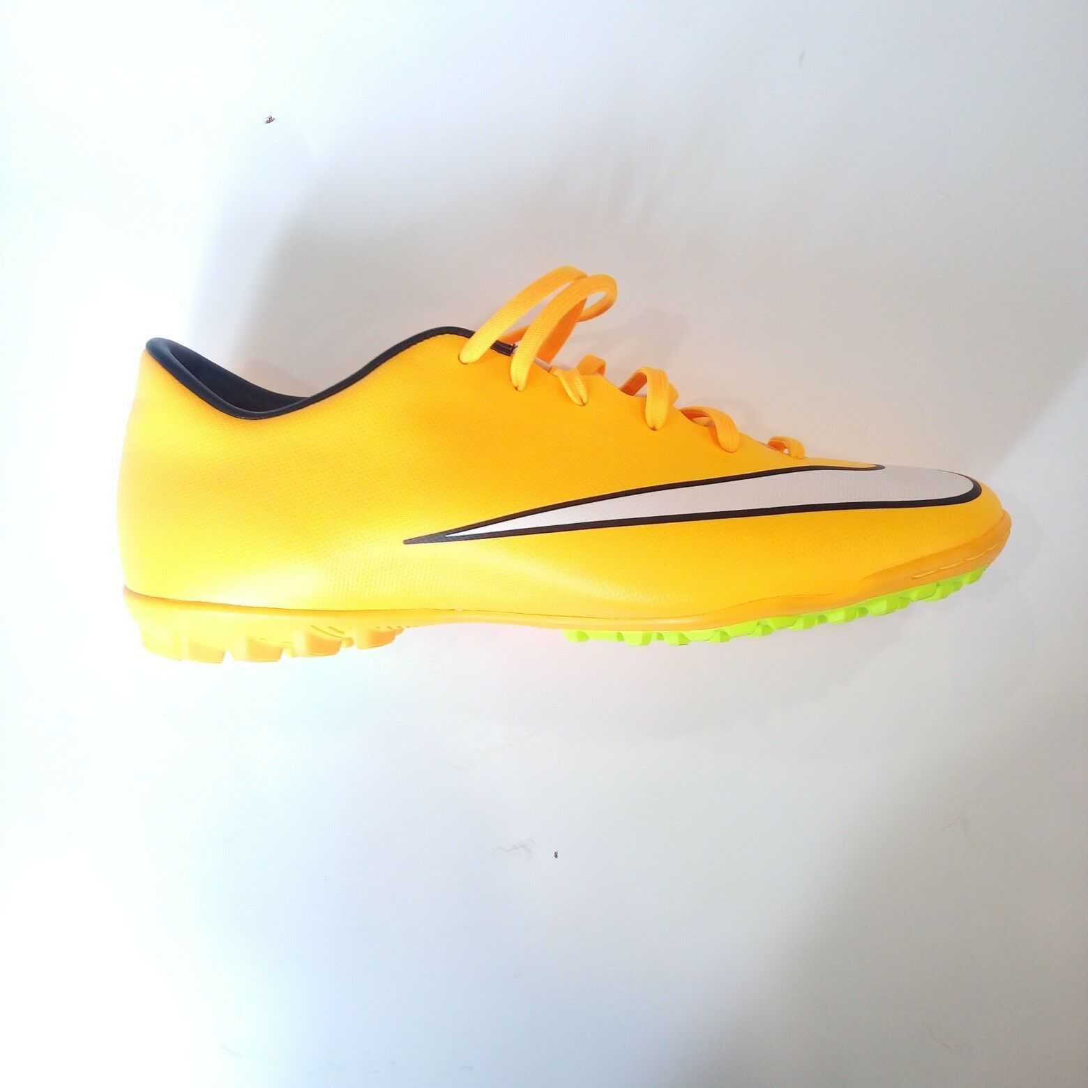on sale 4314c 24c01 Scarpe Calcetto Nike Nike Nike Mercurial V TF - Arancio Fluo SCONTATE     651646 b7a802