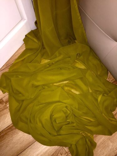 """1 MTR QUALITY OLIVE GREEN COLOUR CHIFFON FABRIC...45/"""" WIDE £2.49 SPECIAL OFFER"""