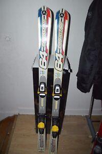 Details about Parabolic Skis Dynastar Omeglass 64 T Shirt 140 cm + Bracket Salomon C9) | Bio show original title