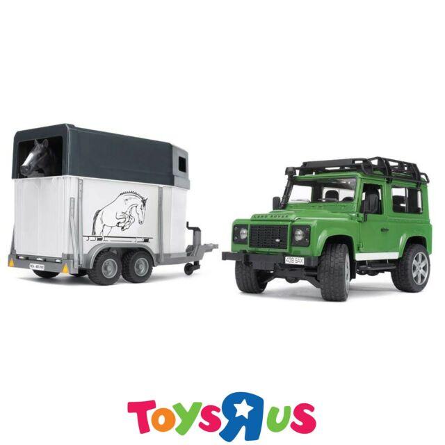 Bruder 1/16 Land Rover Defender with Horse Trailer