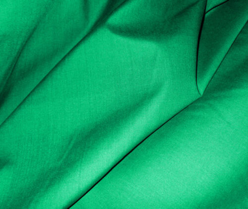 0.5M Green Plain Fabric Material POLY COTTON Crafts Quilting Sewing 1//2M