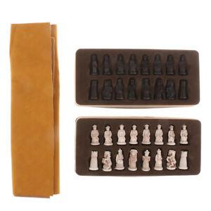 Figurines-antiques-chinoises-Chessman-Pieces-Set-d-039-echecs-avec-echiquier