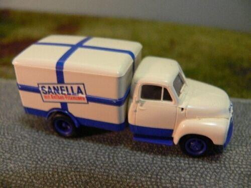 1//87 Brekina Opel Blitz Sanella Koffer 3519