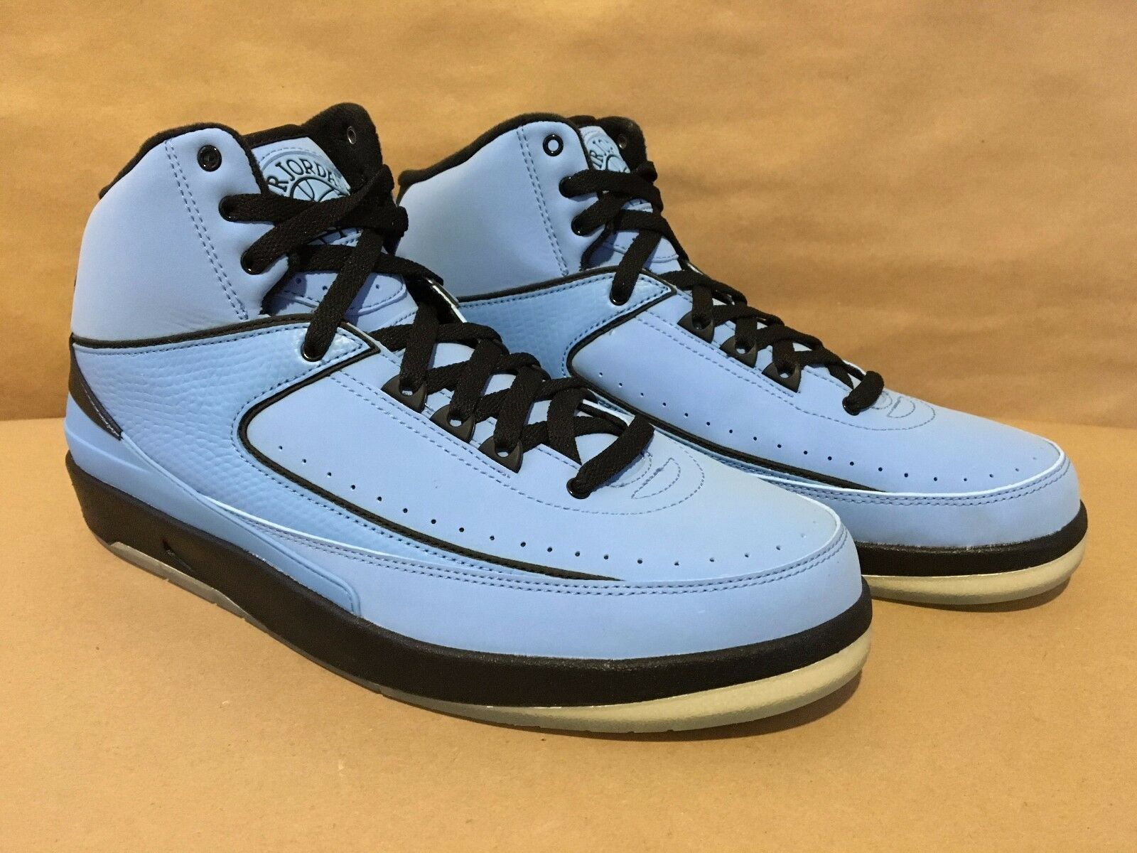 395709-401 Air Jordan 2 Retro QF Univ. bluee Black-White Size 10.5 (2010) DS