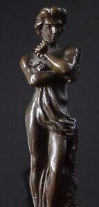 Ancien-bronze-Spartacus-Statuette-bronze-nu-tenant-un-couteau-naked-man-1900