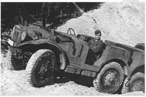 1:72. Kunststoff M. Latil M7Z1 beute Artillerie Radschlepper ALBY franz