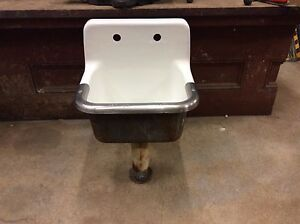 Porcelain Mop Sink : ... STANDARD USA) Vintage Cast Iron SCHOOL HOUSE porcelain MOP SINK eBay