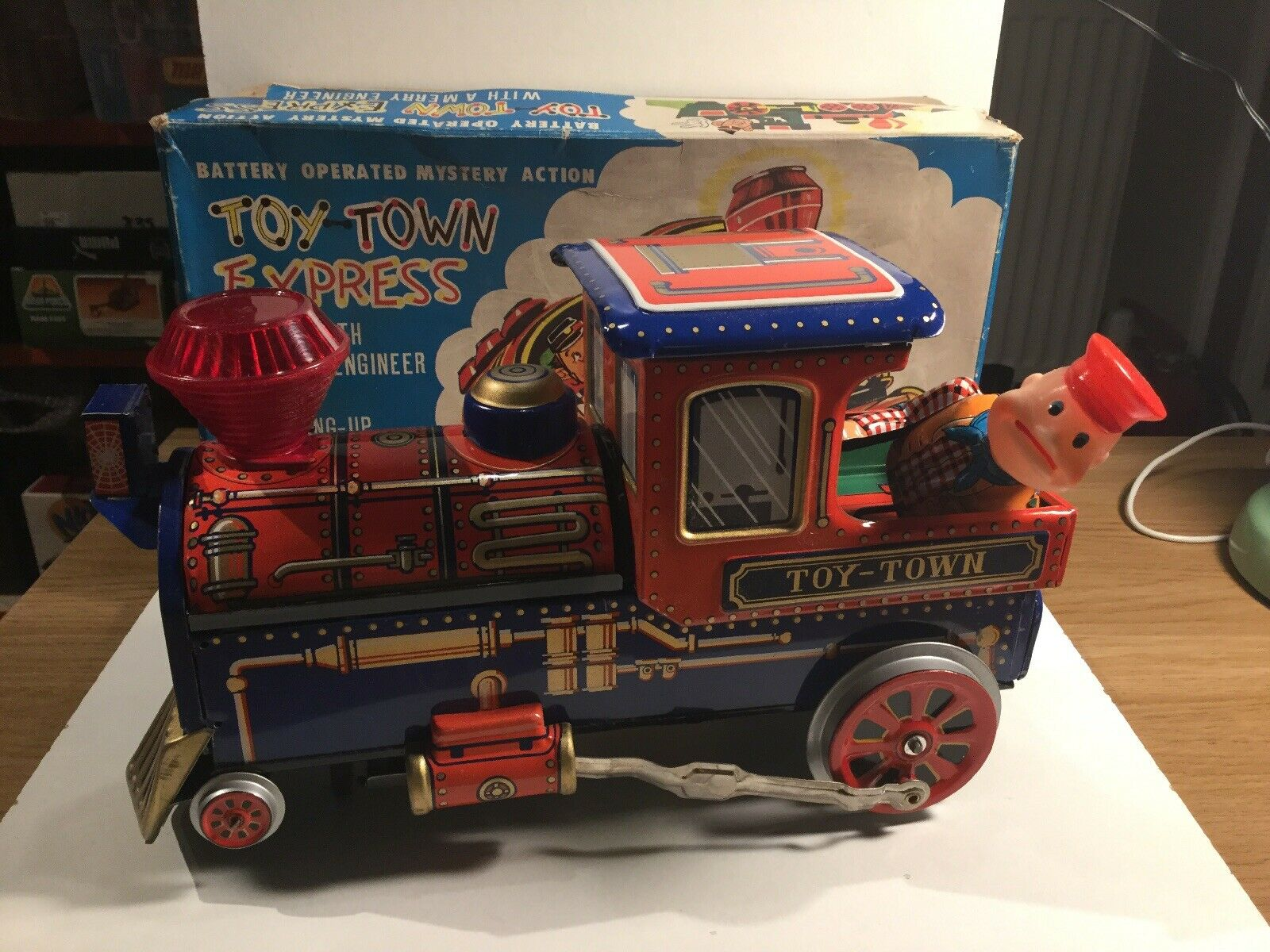 Vintage 1960-65533;Tinplate Train by Modern Toys Working In It Original Box