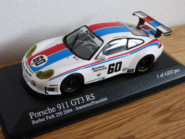 PORSCHE 911 996 GT3 RS Barber Park 250 2004 Jeannette Minichamps Modello Auto