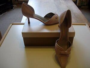 Jacques Vert detalle plisado de champán zapatos talla 4-Nuevo