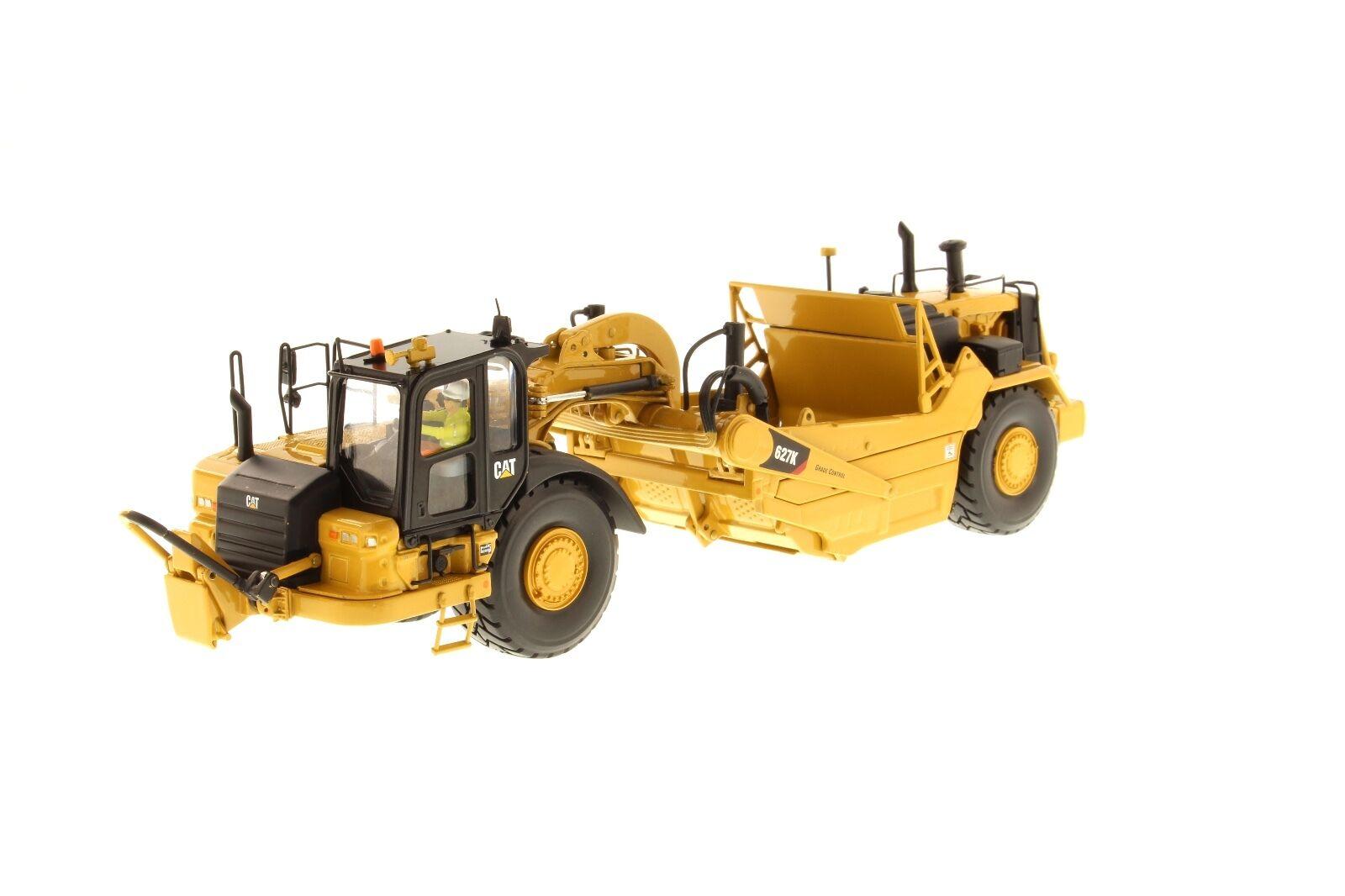 Caterpillar® 1 50 scale Cat 627K Wheel Tractor-Scraper - Diecast Masters 85921