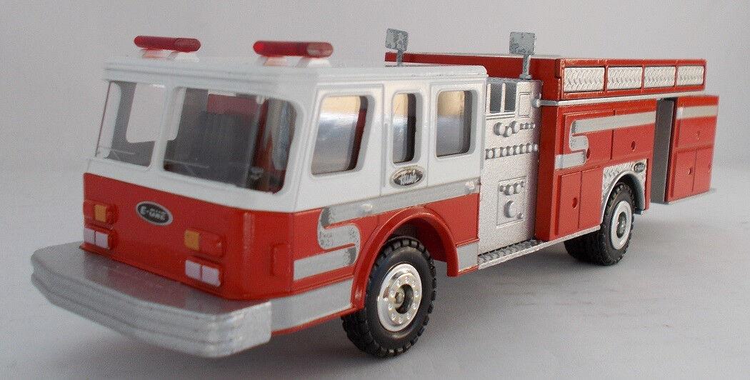 CON5510 - Camion de pompier de type américain Hush Pumper - 1 50