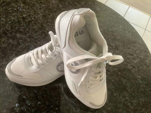 blanc//argent taille 5 Dégagement. Une nouvelle paire de Drakes Pride Nova Chaussures de Bowling