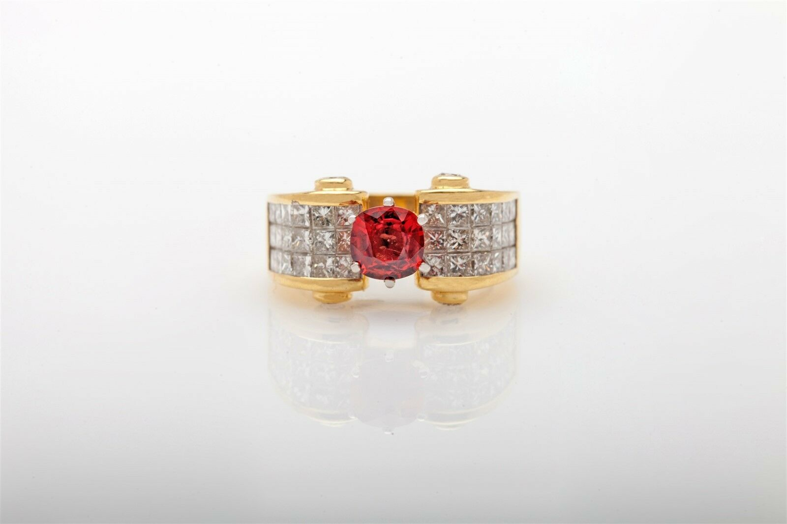 Estate  10,000 4ct Natural Padparadscha Sapphire Diamond 18k Yellow gold Ring