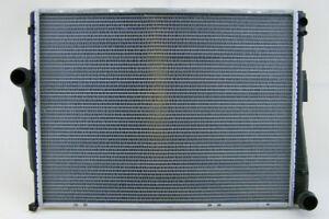 320 i Wasserkühler Kühler BMW 3 E46
