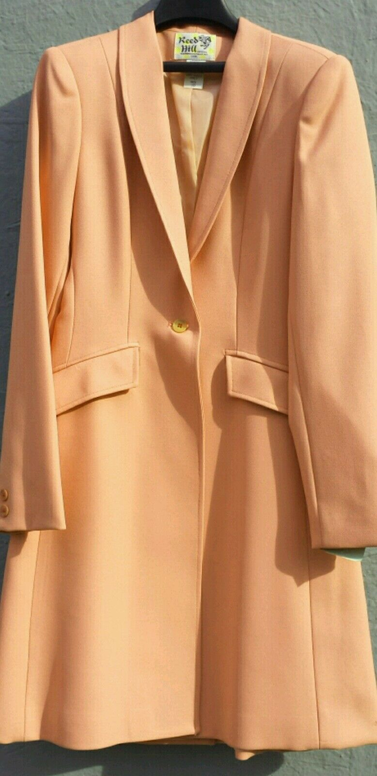 Reed Hill Ladies Saddleseat Day  Coat DARK PEACH  Polyester size 10 - USA  all goods are specials