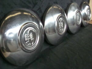 Borchie-coppe-ruota-Abarth-per-Fiat-500-600-old-vintage