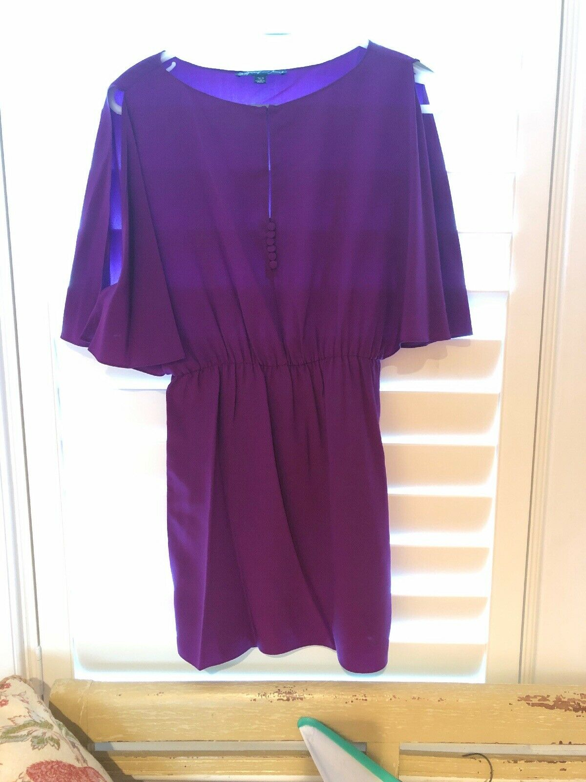 Elizabeth And James Größe XS Short Dress Short Sleeve silk Slitted Sleeve lila