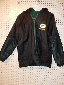 58a56b83fac NFL Pro Player Boys Green Bay Packers reversible winter jacket size ...