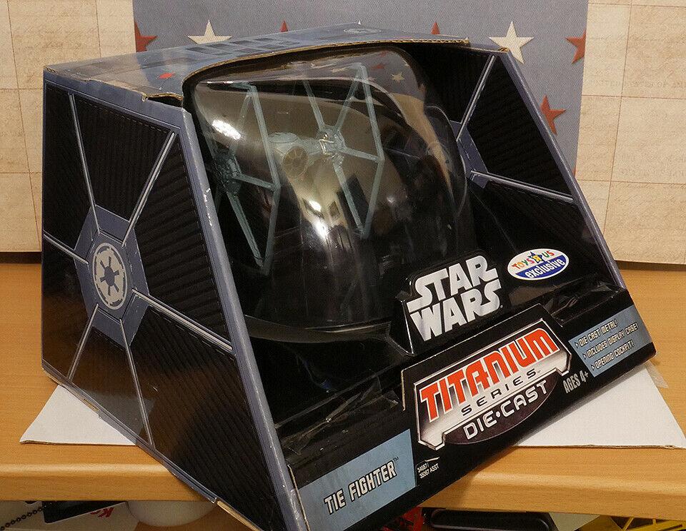 Hasbro Star Wars Titanium Ultra glidas Starfighter Leksaker R USA Exklusiv RARE Nytt