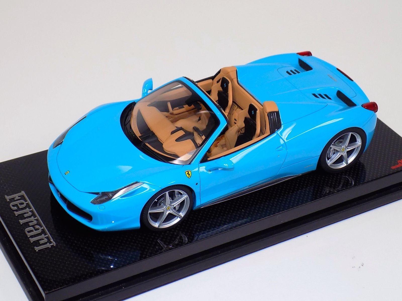 1 18 el señor Colección Ferrari 458 Spider rojo metálico ruedas negro en la base de Cochebono