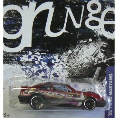 Hot Wheels Jukebox Grunge /'97 Chevy Corvette /& /'92 Ford Mustang Wal-Mart 2013