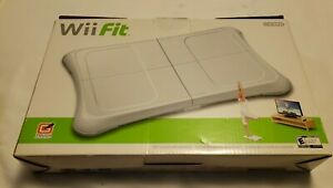 Wii-Fit-Balance-Board-Nintendo-Exercise-Fitness-Board-RVL-021-Complete-in-Box