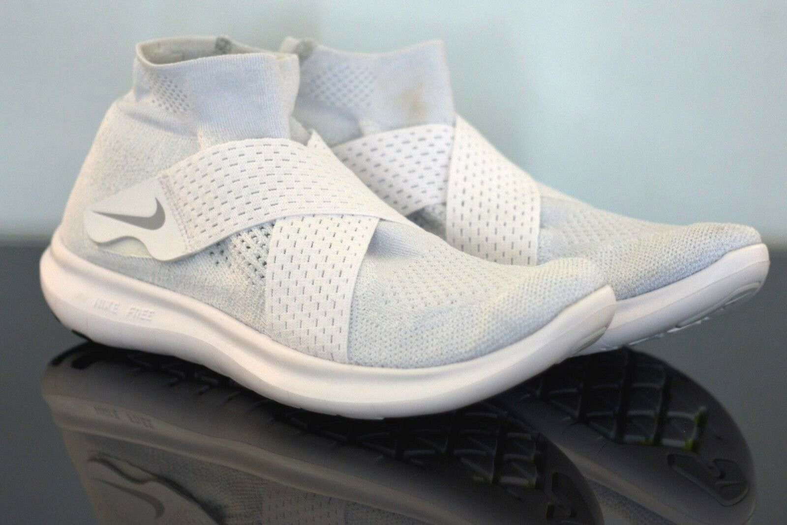 Authentique nike free RN Motion Flyknit Femme Baskets Taille UK 6