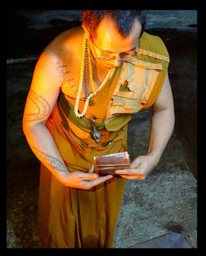 Thai Amulet Takrud Light Reflecting protection reflected bad By Phra Arjarn O