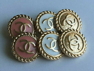 STAMPED-VINTAGE-CHANEL-BUTTONS-LOT-OF-6-SIX-MIX-20-mm-0-8-inch