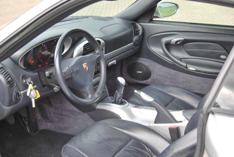 Porsche 911 Turbo Coupé - 6