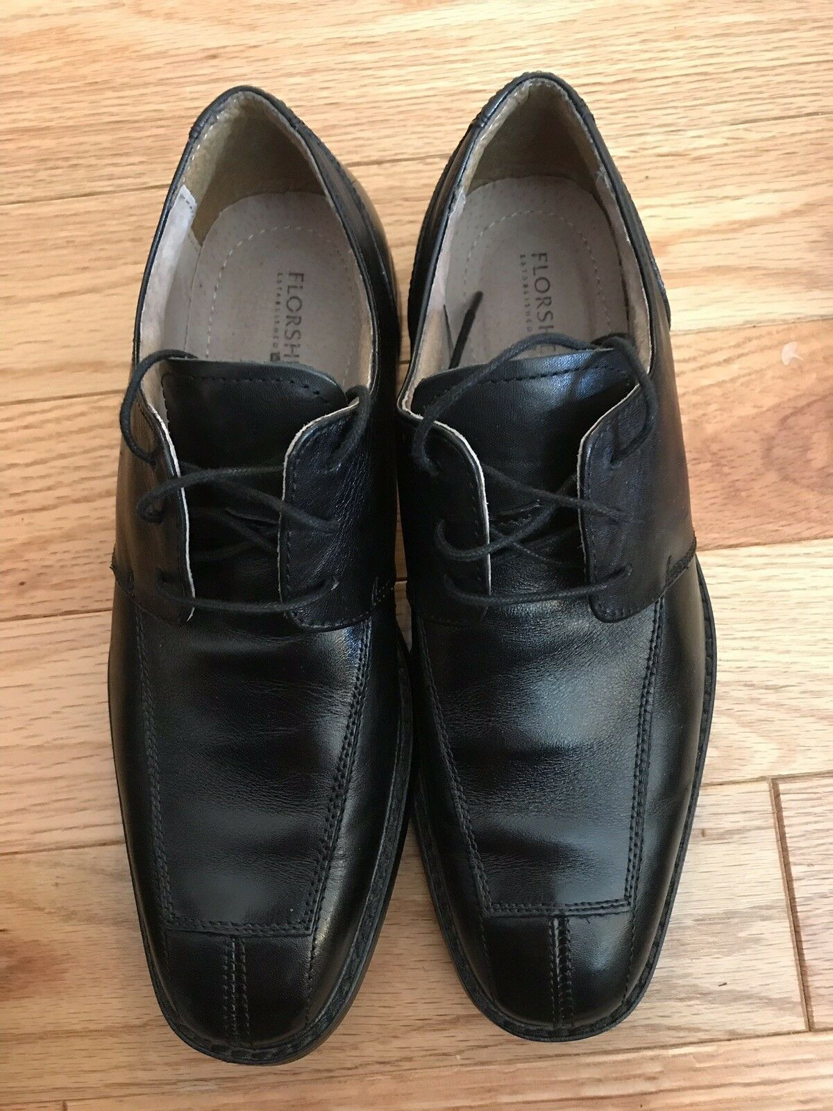 Florsheim Mens 8.5D Black Leather Oxford Laces Padded Comfort Quality EUC