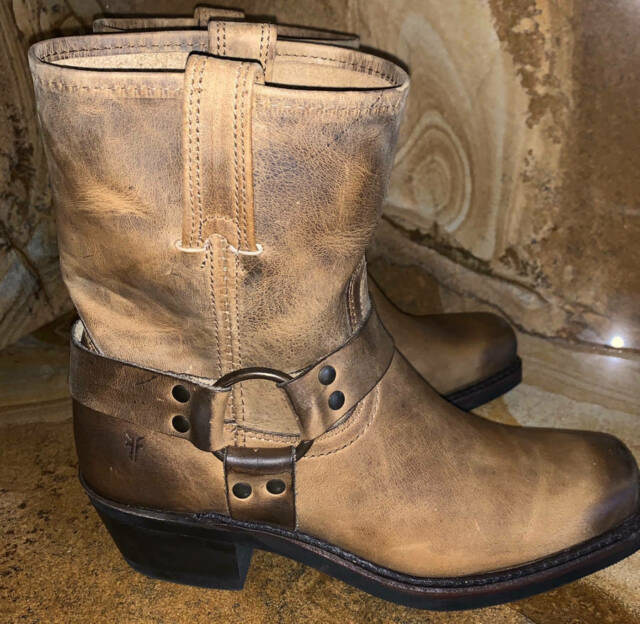 New in Box $358 FRYE Harness 12R Brown Leather Motorcycle Boot Size 10.5